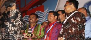 PDAM Tirta Bhagasasi Bekasi Raih Piala Perpamsi Award