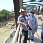 Layani Masyarakat Tersilosir: PDAM Bangun Pipa di Bawah Sungai Cipamingkis
