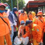 Bantu Warga Terdampak Covid-19, Dharma Wanita PDAM Bekasi Bagikan Sembako