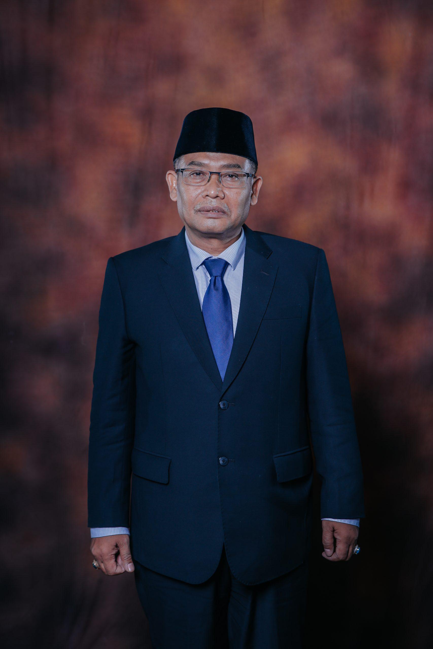 Usep Rahman Salim, S. Sos, M.M